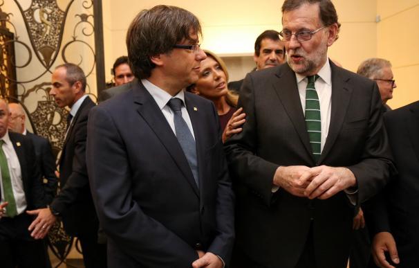 Puigdemont dice que un Estado catalán tendría la misma conexión que España y Portugal