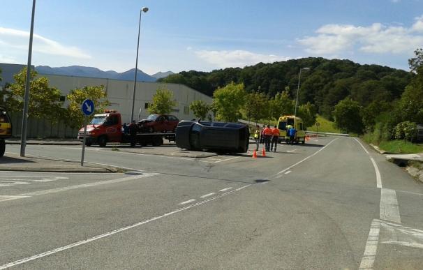 Dos heridos tras un accidente en el cruce de Lekunberri y Albiasu