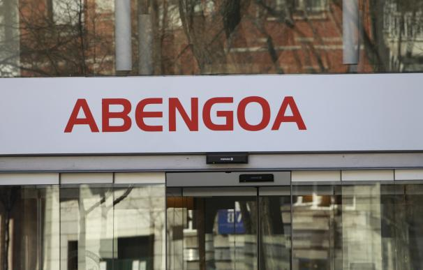 (Ampl.) Abengoa pierde 3.689 millones en el primer semestre debido al deterioro de activos