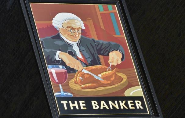 La UE alcanza un acuerdo para limitar las primas a los banqueros