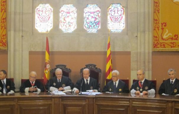 """El presidente del TSJC ve """"peligroso"""" difundir dudas de la independencia judicial"""