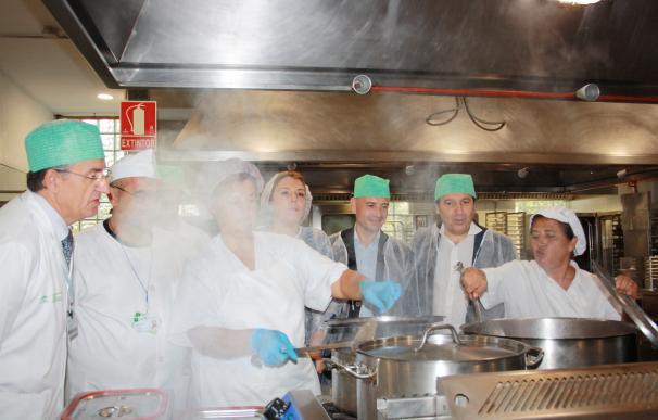 El Regional se convierte en el primer hospital español con reconocimiento certificado de su menú ecológico