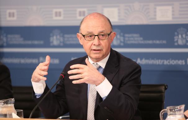 (Amp) El Gobierno aprueba el cambio del Impuesto de Sociedades, que se mantendrá, al menos, hasta 2018