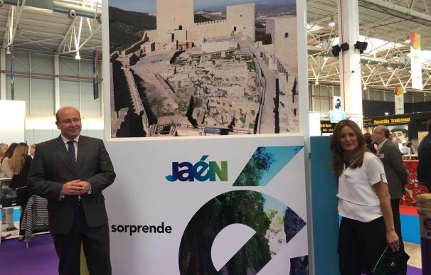 El alcalde anima a descubrir el patrimonio histórico y recursos naturales de la capital
