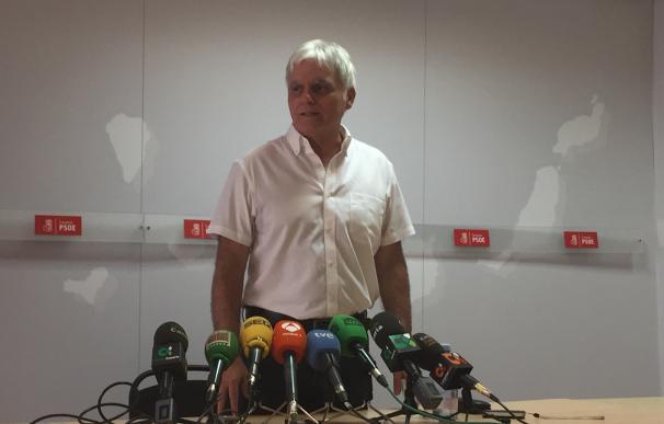 """Pérez (PSOE) dice que si CC no quería romper el pacto en Canarias """"ha hecho oposiciones a ello"""""""