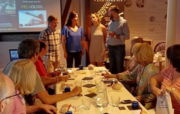 Periodistas franceses visitan Alcalá de Guadaíra para conocer su patrimonio histórico y natural