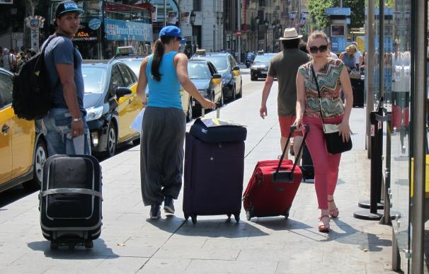 Catalunya recibe 12,58 millones de turistas extranjeros hasta agosto, un 4,3% más