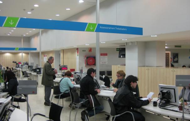 El Ctesc constata una cronificación de los parados de larga duración pese a la reducción del desempleo