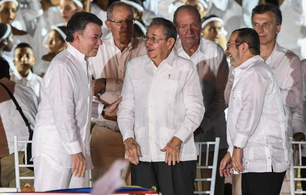 Colombia inicia una nueva era y las FARC piden perdón a las víctimas