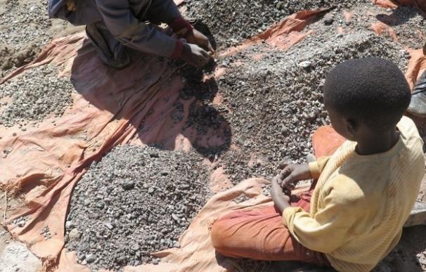 Amnistía Internacional pide a la industria del coche eléctrico que garantice la ausencia de trabajo infantil