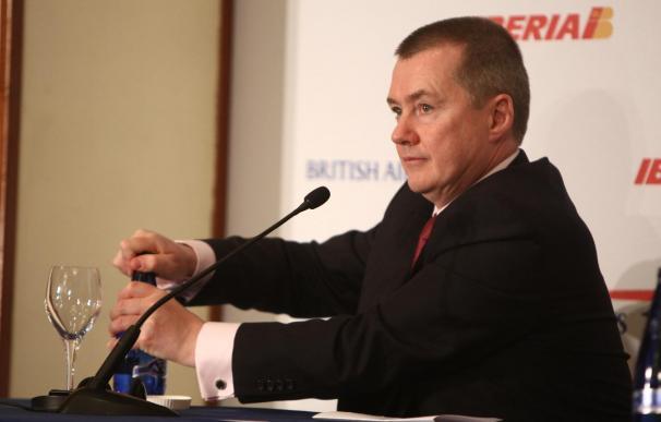 """Walsh insiste en que Iberia debe adaptarse para """"sobrevivir"""""""