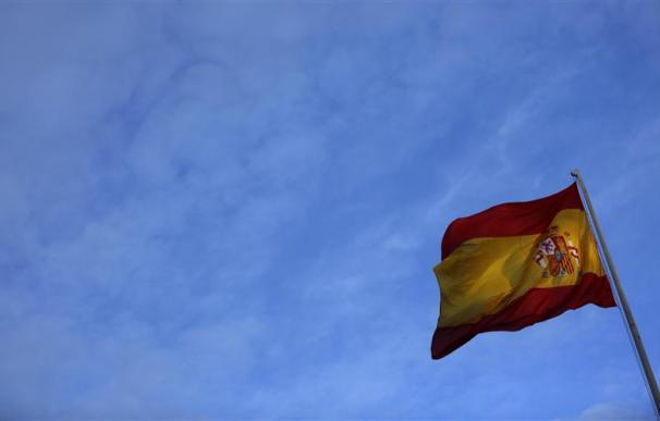 La economía española sigue atrapada en su segunda recesión.