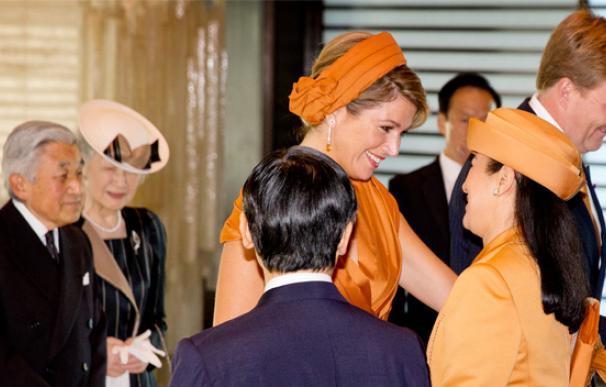 Masako vuelve a sonreír gracias a Máxima de Holanda