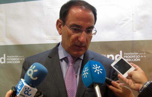 """González de Lara dice que el hotel del puerto es """"muy ilusionante"""" y que va a tener un impacto """"espectacular"""""""