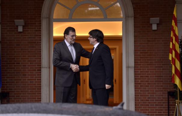 Puigdemont y Rajoy coincidirán este viernes en un acto en Oporto pero no prevén reunirse