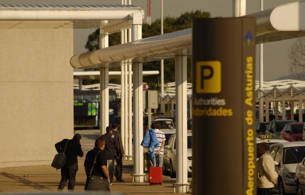 El último autobús entre el aeropuerto y las ciudades esperará diez minutos más