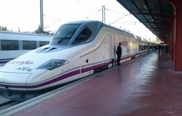 El AVE dispara un 53% el número de pasajeros que eligen el tren para viajar entre Madrid y León