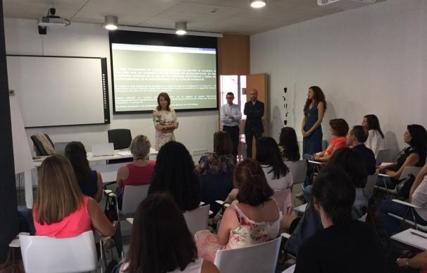 Profesionales se forman atención y respuestas a la migración femenina y la prostitución