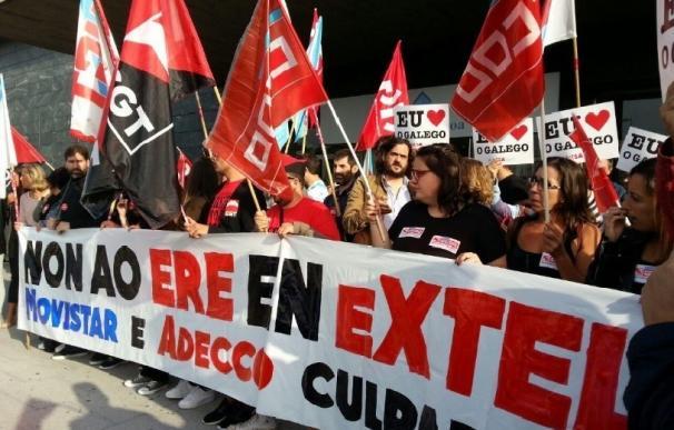 Más de 200 personas protestan contra el ERE de Extel en A Coruña en el inicio del calendario de movilizaciones