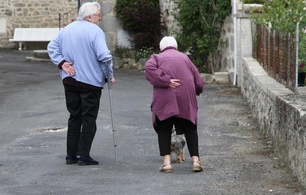 La OMS alerta de que la discriminación a los mayores puede tener consecuencias negativas para su salud