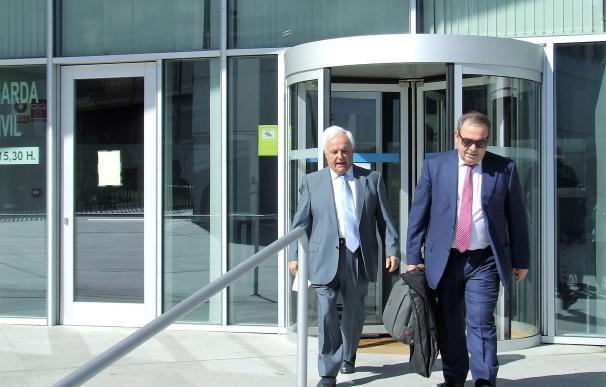 """La acusación particular dice que Baltar """"no negó"""" haber hablado con la denunciante de su hijo """"ni con otras personas"""""""