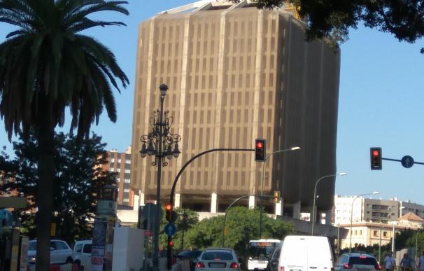 La Junta solicitará que el Patronato de Recaudación retire el embargo del edificio de Correos