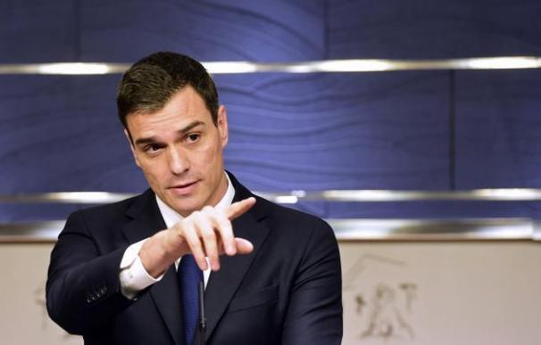 Los críticos consideran que Pedro Sánchez ya no es su secretario general