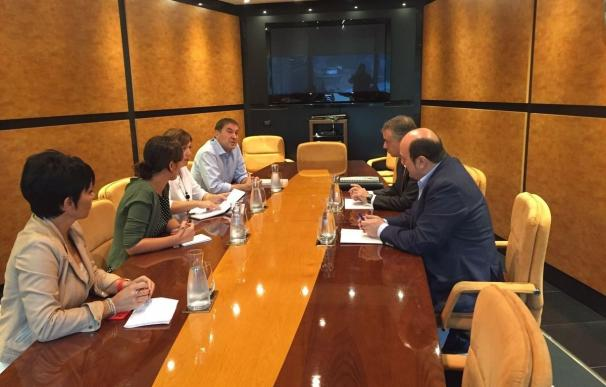 PNV inicia con EH Bildu la ronda de contactos con los partidos para sondear posibles acuerdos