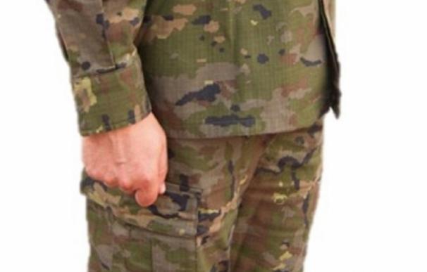 Las unidades del Mando de Canarias cambian el pixelado árido de sus uniformes por el pixelado boscoso