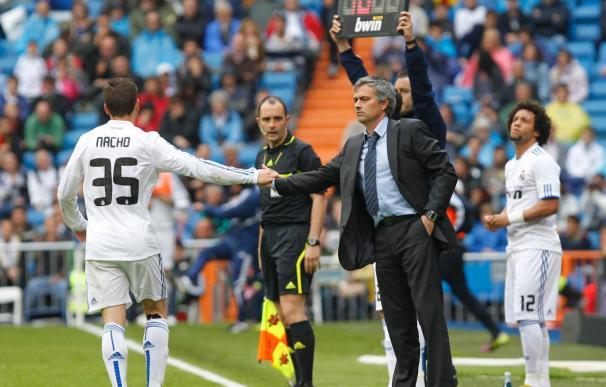 """Mourinho reconoce que """"Nacho es un problema"""""""