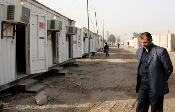 Inician el traslado de refugiados iraníes a un campamento provisional en Bagdad