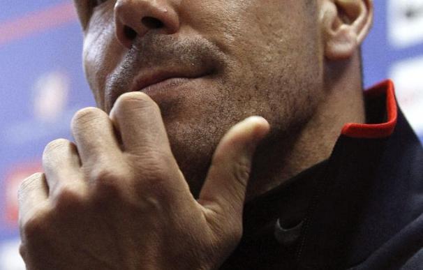 """Simeone opina que """"los árbitros te dan y te quitan"""" y por ahora están quitando más al Atlético"""