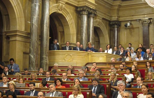 """El PSC ve a Puigdemont """"suplicando confianza para justificar"""" el proceso soberanista"""