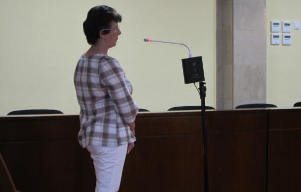Condenada a dos años y ocho meses de cárcel por intentar matar a la anciana que cuidaba
