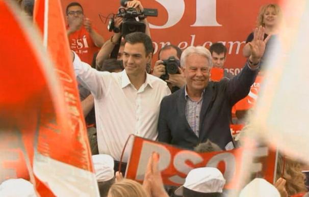 """Felipe González cree que Sánchez debe dimitir si el Comité Federal tumba su plan y se siente """"engañado"""" por él"""