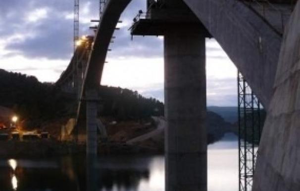 El beneficio de las grandes constructoras cotizadas se desploma un 73% en 2011