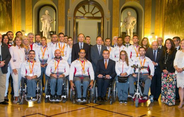 """El Senado reconoce los """"excelentes resultados"""" en los Juegos Paralímpicos 2016 y reitera su compromiso con este deporte"""