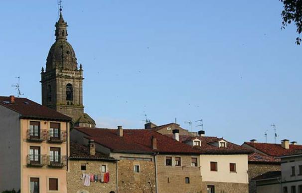"""""""Treviño lleva nueve siglos luchando por integrarse en Álava"""""""