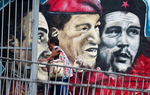 Silencio absoluto sobre Hugo Chávez y su nueva operación en Cuba
