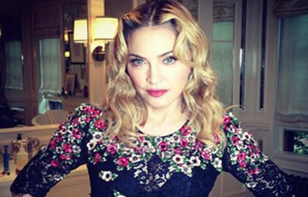 """Madonna confiesa que fue violada en la revista """"Harpers Bazaar"""""""