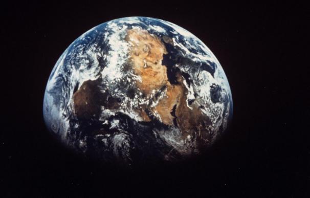 Un asteroide gigantesco se aproxima a la Tierra