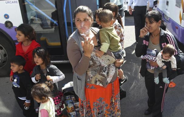 Francia tiene 400 campamentos ilícitos de gitanos y pretende desmantelarlos