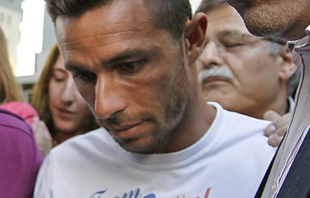 Rubén Castro dice que no tuvo relaciones sexuales con su exnovia
