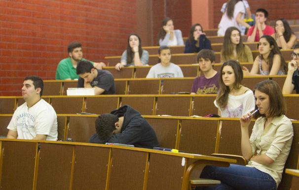 La UNED pierde 10.000 matriculaciones en dos cursos