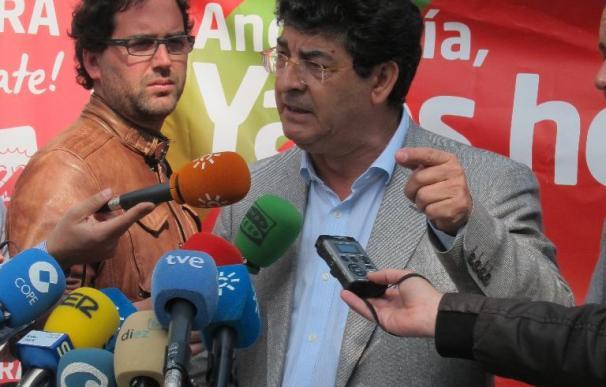 """Valderas ve """"un paripé como la copa de un pino"""" que el PSOE suspenda la campaña por Santana"""