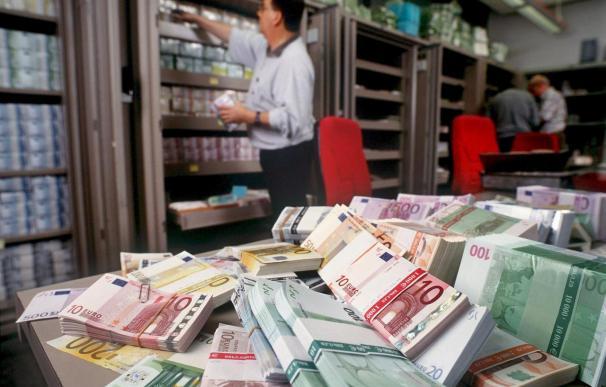 Hacienda embarga 542 cajas de seguridad para cobrar deudas por 319 millones