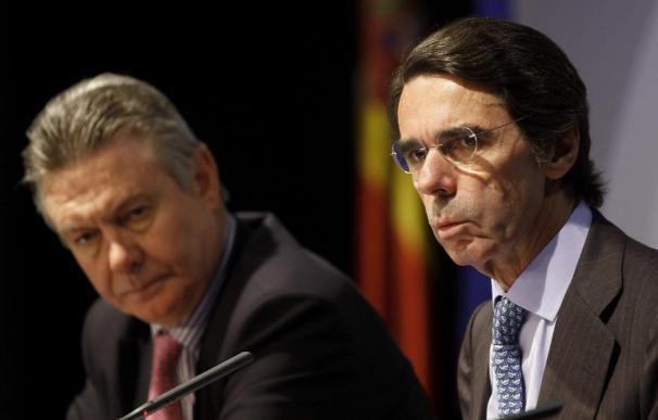 """Aznar dice sobre la entrevista entre Rajoy y González que """"fenomenal todo"""""""