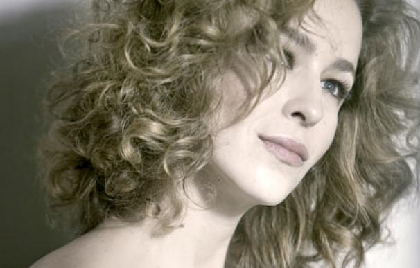 La actriz Silvia Abascal