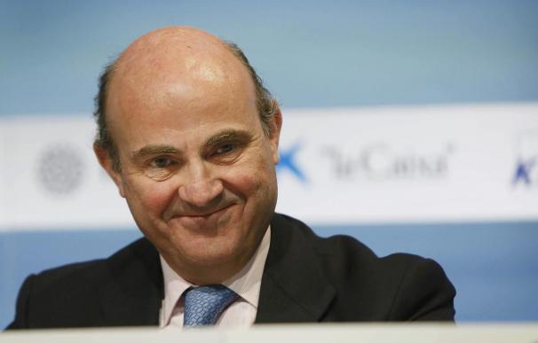 De Guindos sitúa a España en una trayectoria de salida de la crisis