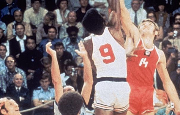 El salto inicial de la final de los JJOO de Munich '72 entre la URSS y USA